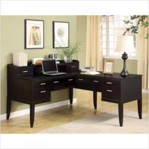 Wynwood Furniture Palisade L-Shaped Desk and Hutch